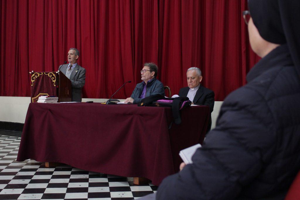 Doctor Carlos Díaz visitó la Facultad de Teología Pontificia y Civil de Lima 3 Doctor Carlos Díaz visitó la Facultad de Teología Pontificia y Civil de Lima