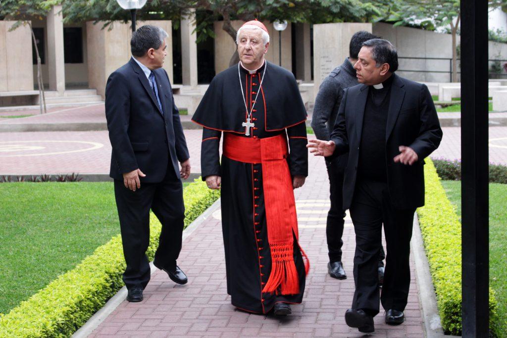Grata visita: Cardenal Giuseppe Versaldi estuvo en nuestra Facultad 1 Grata visita: Cardenal Giuseppe Versaldi estuvo en nuestra Facultad