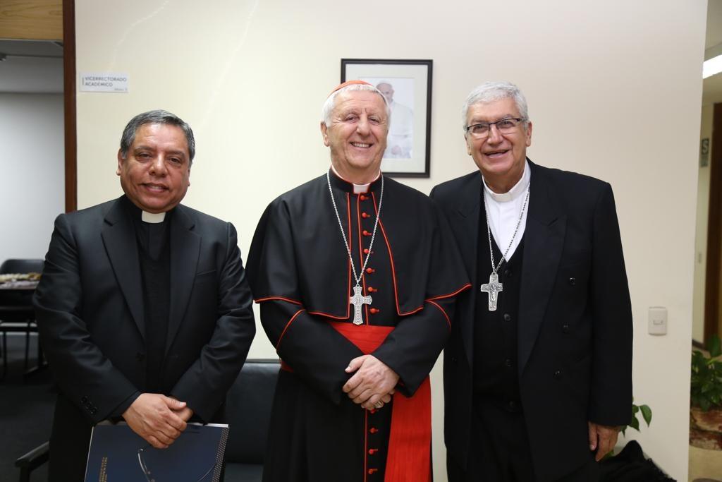 Grata visita: Cardenal Giuseppe Versaldi estuvo en nuestra Facultad 3 Grata visita: Cardenal Giuseppe Versaldi estuvo en nuestra Facultad