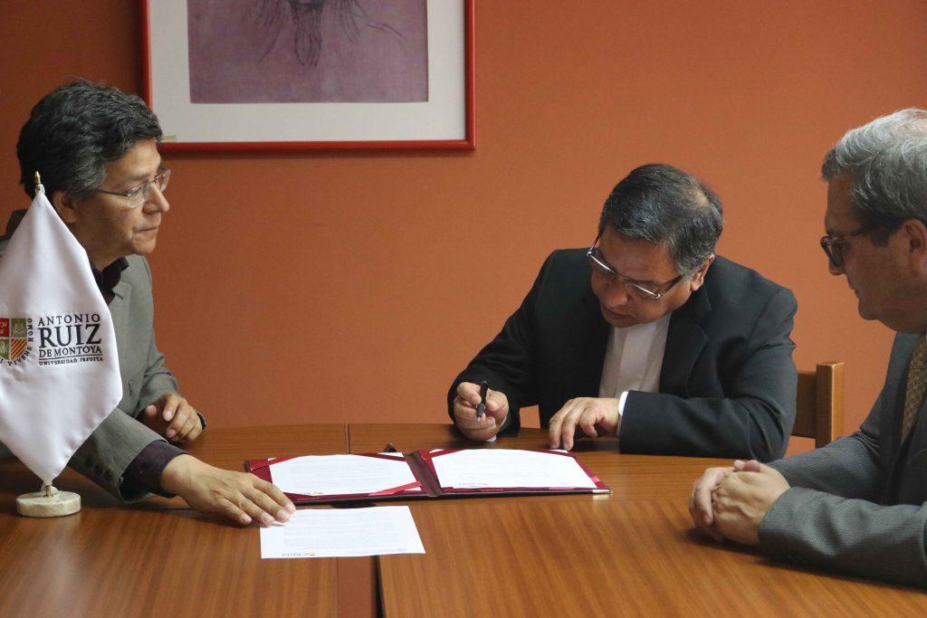 Se firmó convenio entre FTPCL y UARM 1 Se firmó convenio entre FTPCL y UARM