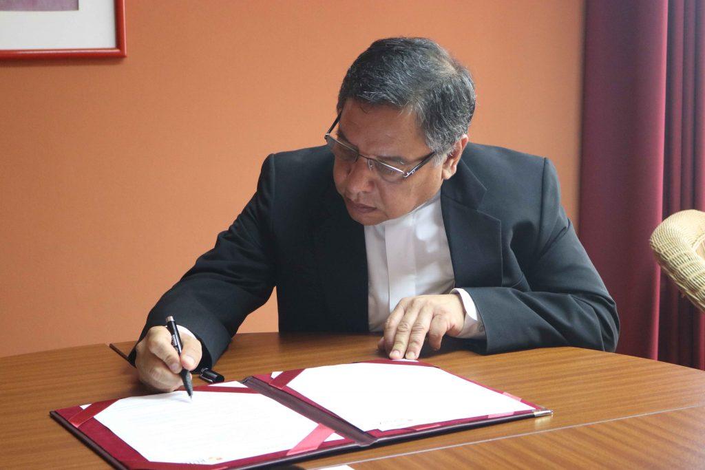 Se firmó convenio entre FTPCL y UARM 2 Se firmó convenio entre FTPCL y UARM