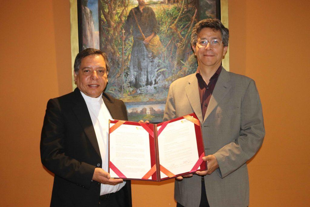 Se firmó convenio entre FTPCL y UARM 4 Se firmó convenio entre FTPCL y UARM